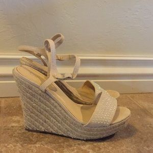 Ladies tan wedges with jewel detail